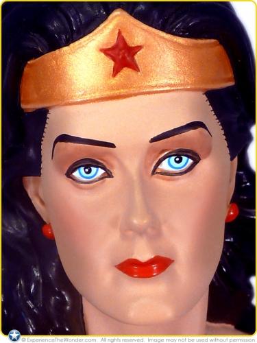2007-DC-Direct-Lynda-Carter-as-Wonder-Woman-Statue-007