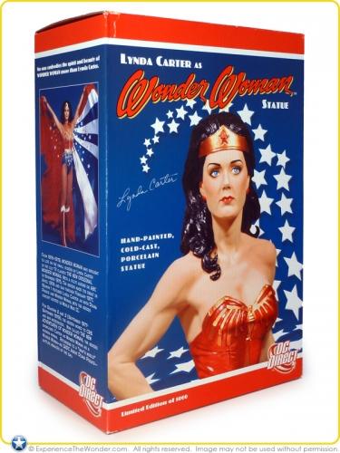 2007-DC-Direct-Lynda-Carter-as-Wonder-Woman-Statue-010