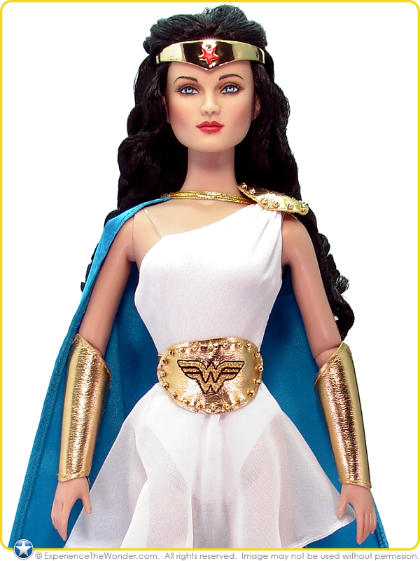 2008 tonner dc stars character figure doll wonder woman deluxe trunk
