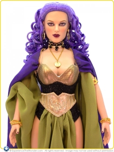 2008-Tonner-DC-Stars-Character-Figure-Doll-Circe-001