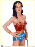 2010-DC-Direct-Lynda-Carter-as-Wonder-Woman-Statue-DC75-001