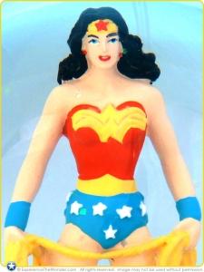 2013-Westland-DC-Comics-Originals-Resin-Globe100ml-Wonder-Woman-001