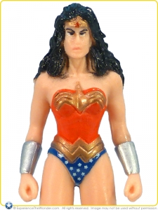 EastWestDist_Wonder_Woman_Collectible_PVC_005