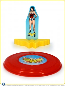 Wendys_Kids_Meal_Superman_WonderWoman_003
