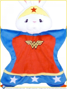 Baby-Gund-DC-Comics-Plush-Activity-Blanket-Anya-as-Wonder-Woman-001