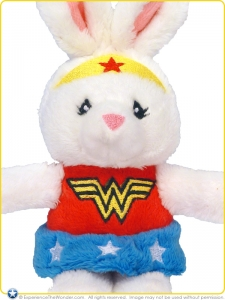 Baby-Gund-DC-Comics-Plush-Rattle-Anya-as-Wonder-Woman-004