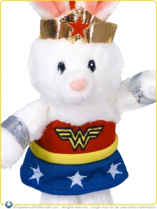 Gund-DC-Comics-Plush-Backpack-Clip-Anya-as-Wonder-Woman-001