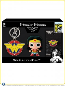 2015-Monogram-DC-Comics-Deluxe-Play-Set-Wonder-Woman-SDCC-Promo-001