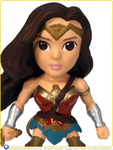 2016-Jada-Toys-BvS-Metals-Action-Figure-Gal-Gadot-Wonder-Woman-001