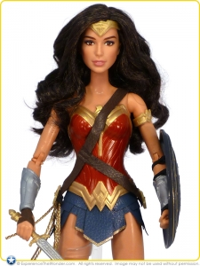 2016-Mattel-Barbie-Collector-Batman-v-Superman-Black-Label-Doll-Gal-Gadot-as-Wonder-Woman-001