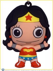 2016-Monogram-DC-WODCU-3D-Figural-Keyring-Wonder-Woman-001