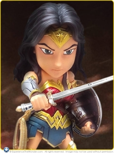 2016-Herocross-DC-Comics-BvS-Mini-Die-Cast-Metal-Figure-Gal-Gadot-as-Wonder-Woman-Promo-001